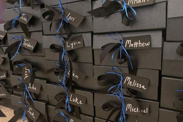 Display tag boxes